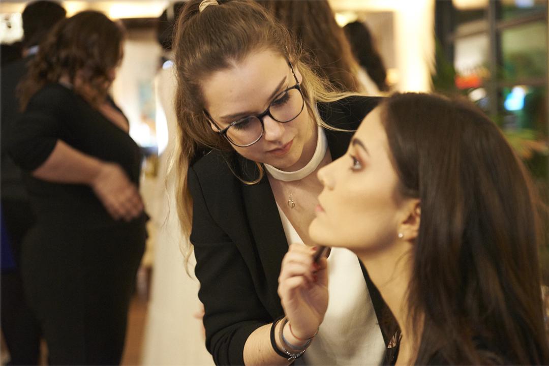 Giulia Make-Up Artist Servizio a domicilio per il giorno del matrimonio | Fleur de Lys Atelier Sposa